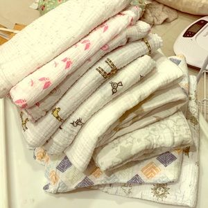 Lot of 10 Aden and Anais receiving blankets!